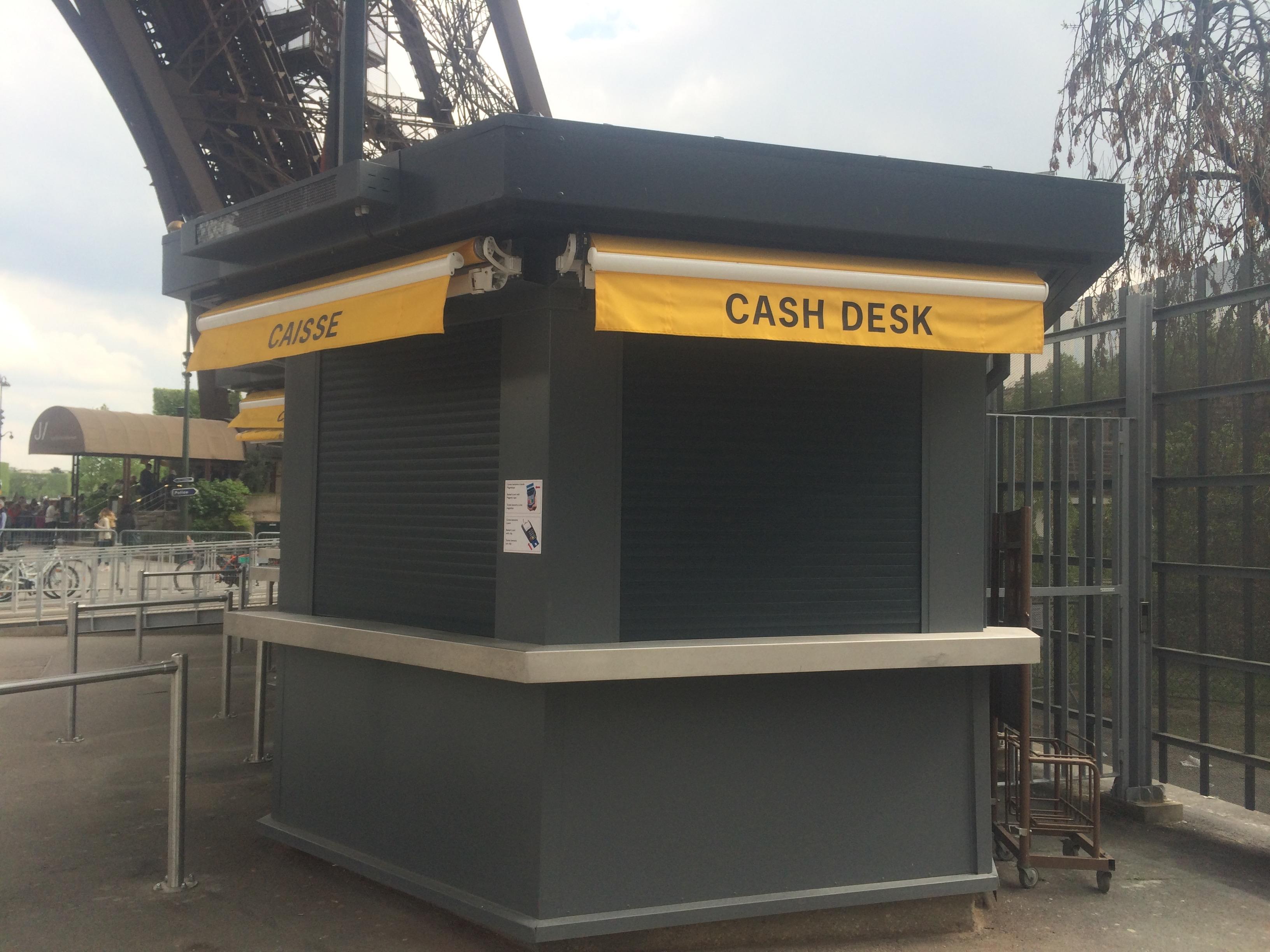Peinture monument historique (La Tour Eiffel)