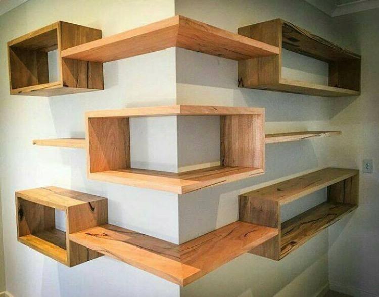 Création d'étagères sur mesure